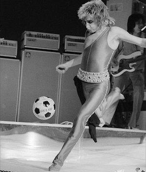 Ten Moments When Music Met Sport by Carl Stanley
