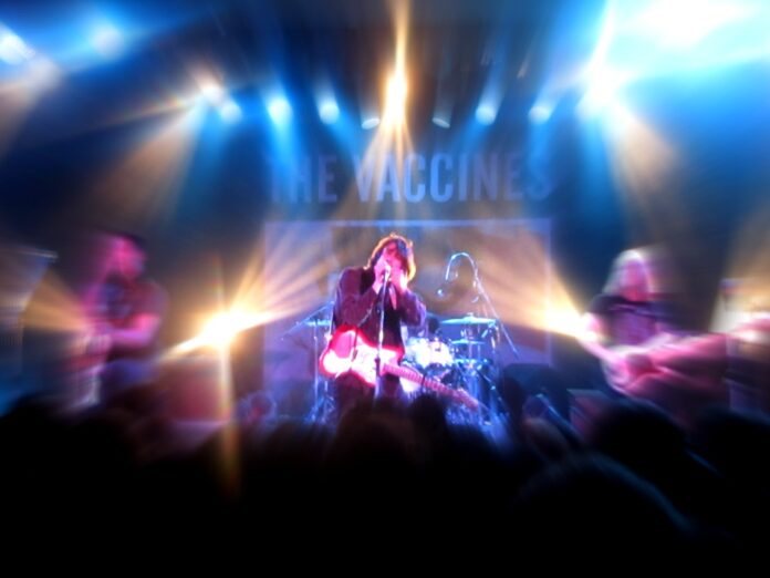 We expect a lot from the Vaccines- and they always deliver : live review from Tokyo