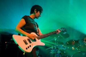My Bloody Valentine's Debbie Googe named as new Primal Scream bassist