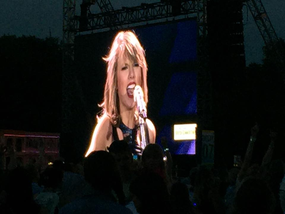 Taylor Swift at Hyde Park