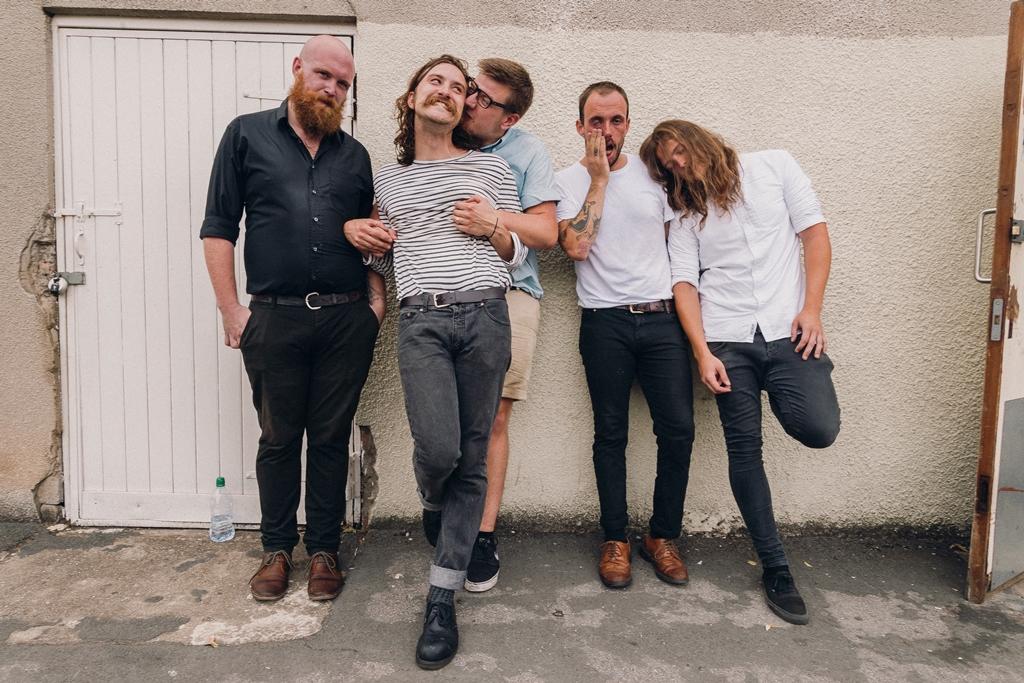 IDLES band