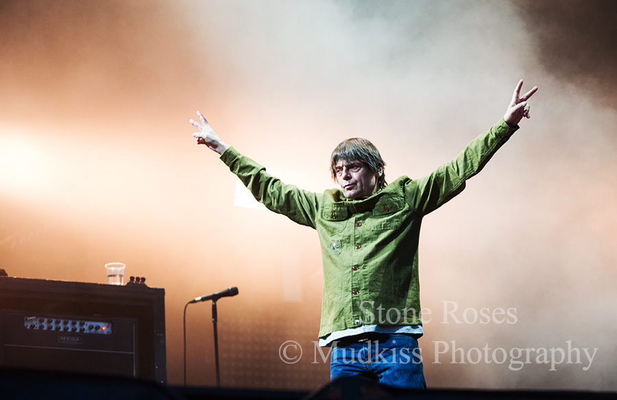 Stone Roses © Melanie Smith