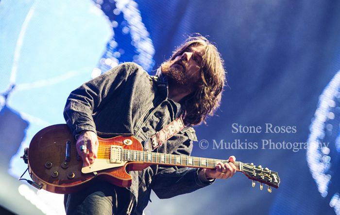 Stone Roses © Melanie Smith