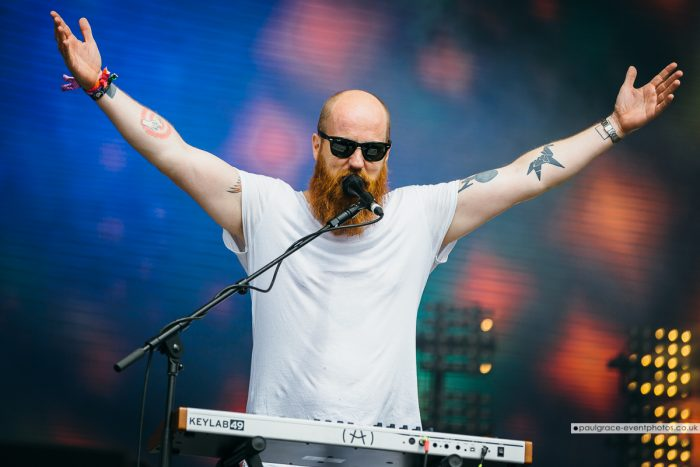 Le Galaxie © Paul Grace