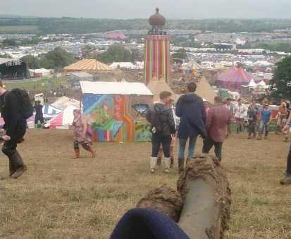 GLASTONBURY 2016 BY KEITH GOLDHANGER