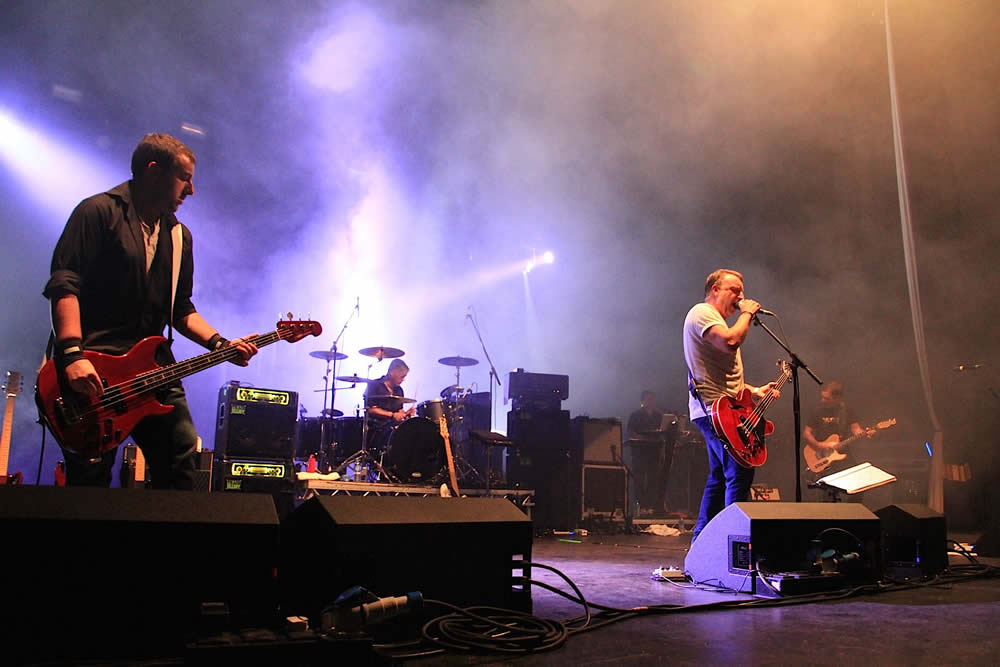 Peter Hook & the Light Performing Substance: Manchester Apollo - Photo Aidan O Rourke