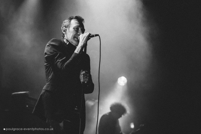 the-jesus-mary-chain-20-11-700x467