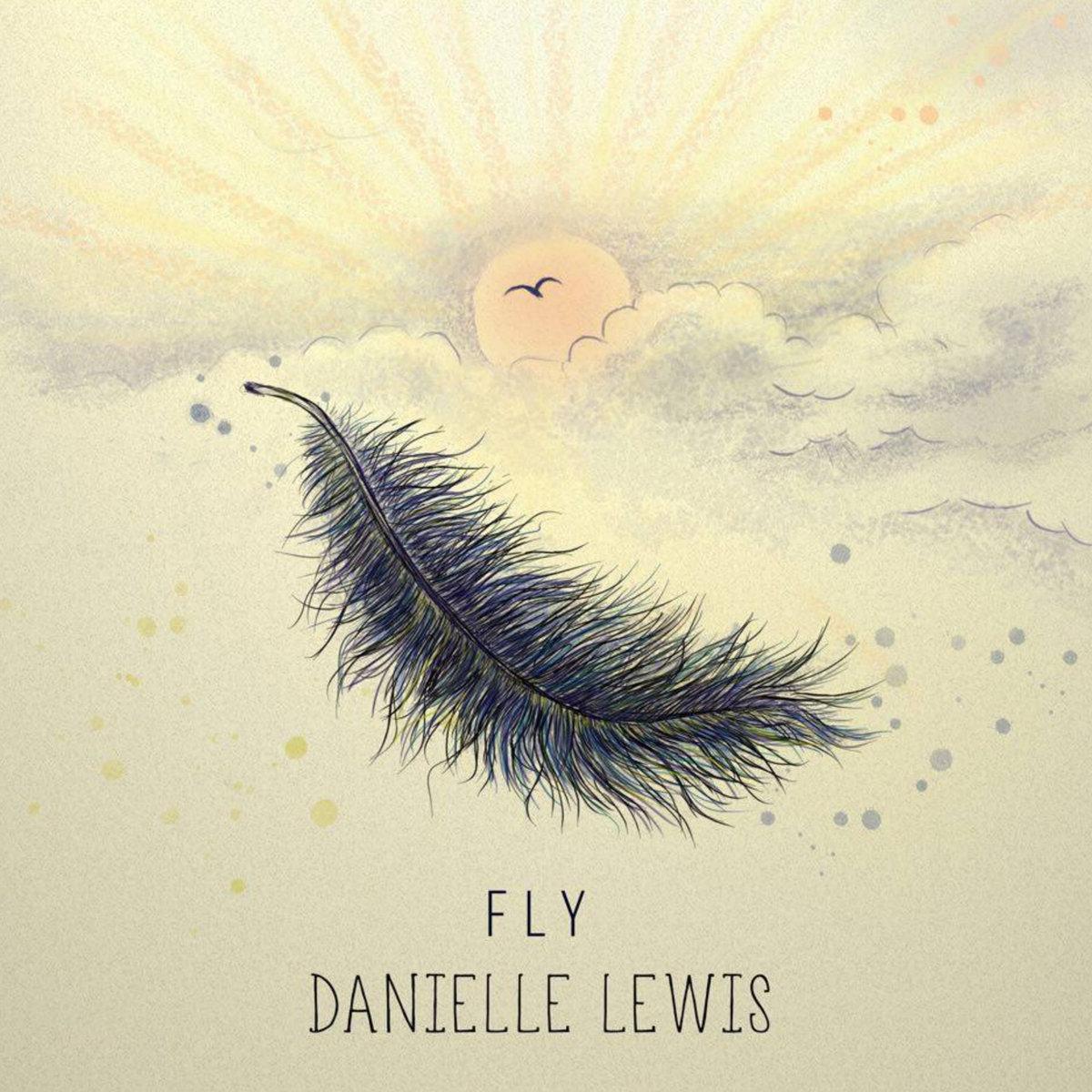 danielle-lweis-1