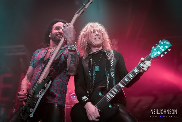 Marco Mendoza and David Lowy, The Dead Daisies, Sheffield Corporation, 14/11/2016