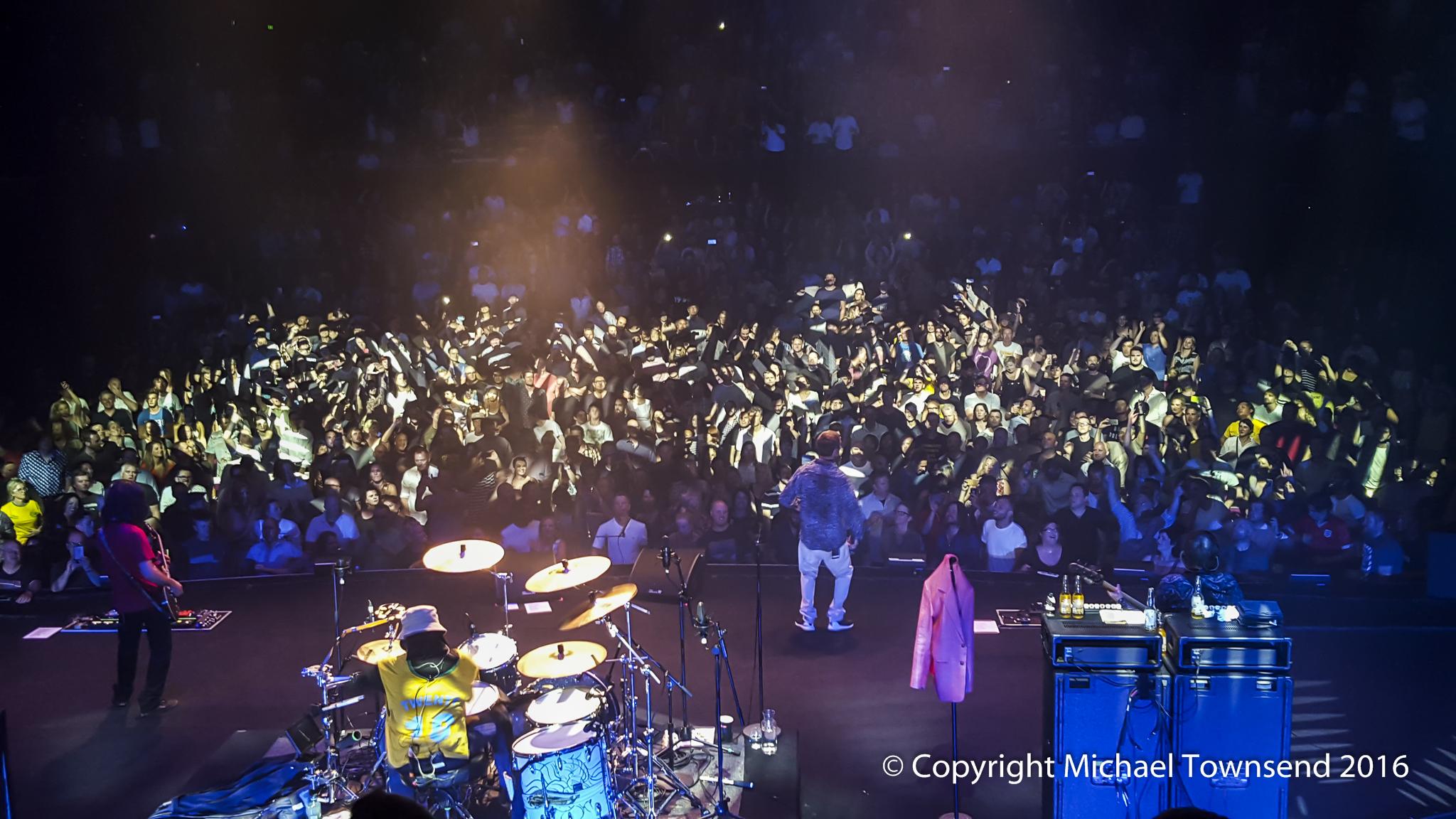 December Full Moon >> The Stone Roses: Sydney Opera House Concert Hall, Australia | Louder Than War