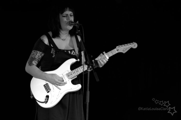 Louise Distras Factory 251 22 04 17 a
