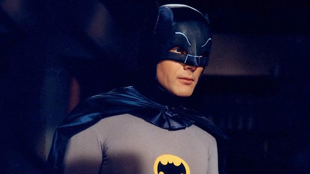 Batman Adam West 50/' Camp Cult Classic T Shirt