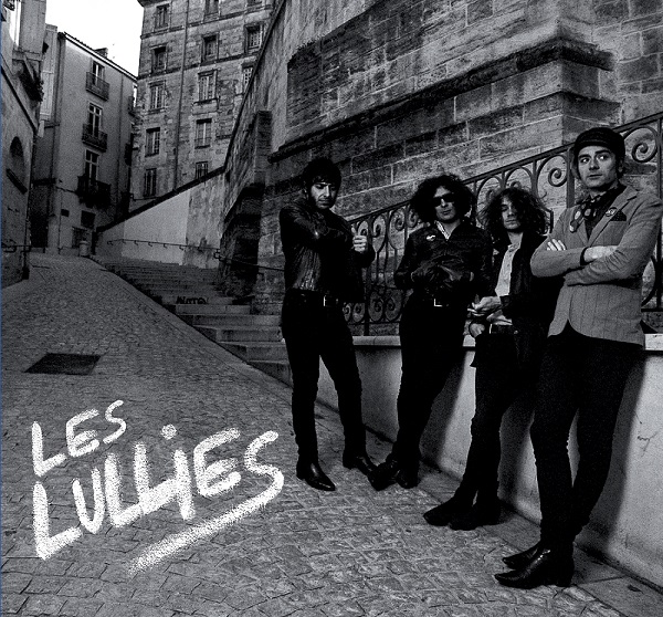 Les Lullies post new song – exclusive