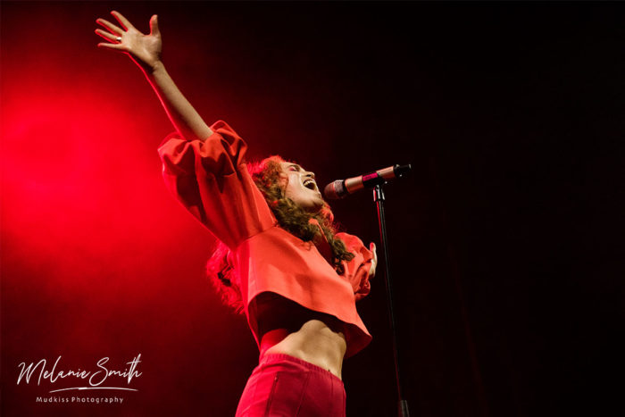 Rae Morris 2 © Melanie Smith