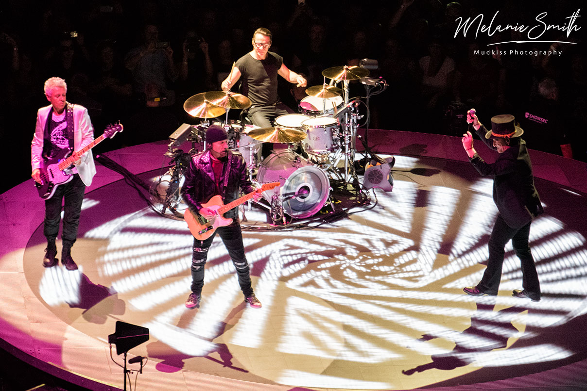 U2 6 © Melanie Smith