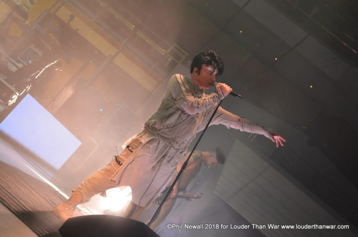 Gary Numan Manchester Nov ©Phil Newall 2018 for Louder Than War www.louderthanwar.com (1)