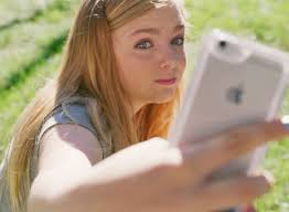 Eighth Grade Elsie Fisher