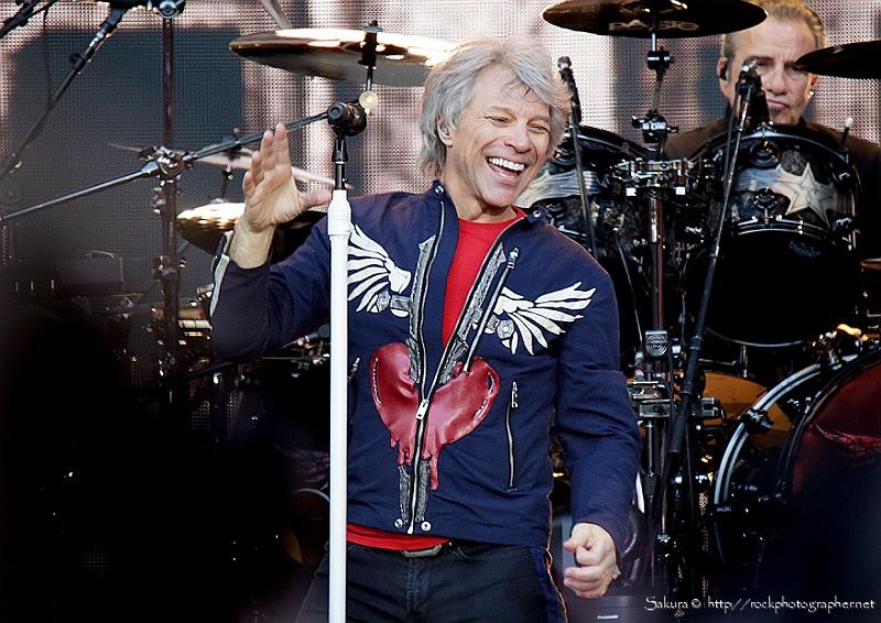 Bon Jovi - credit sakura@rockphotographer.net