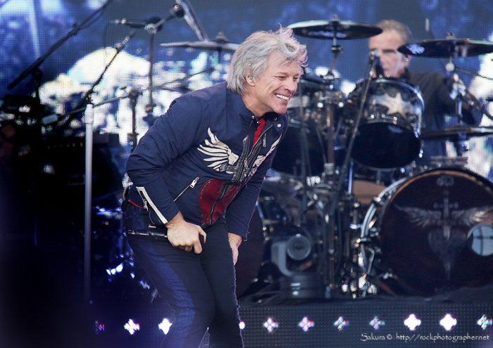 Bon Jovi 3 - credit sakura@rockphotographer.net