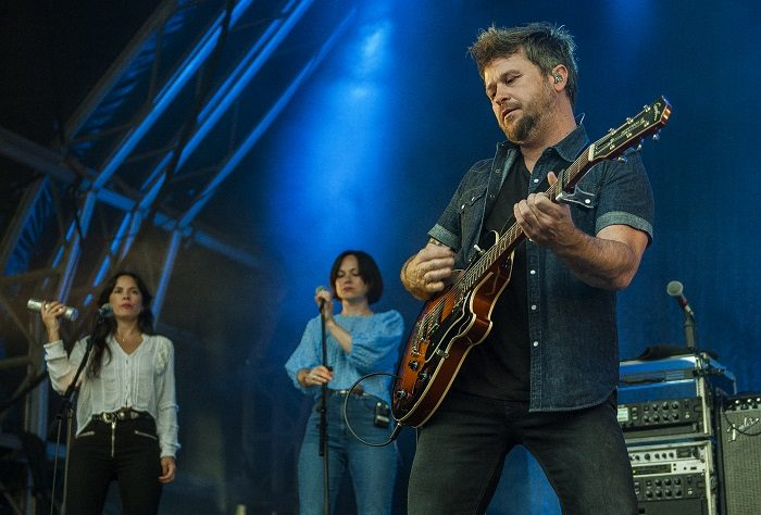 Elbow - Violinists - Castlefield Bowl - Manchester - Mike Ainscoe© (3)