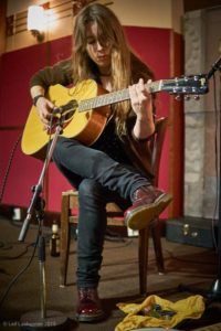 Gwenifer Raymond: Shacklewell Arms, London – live review