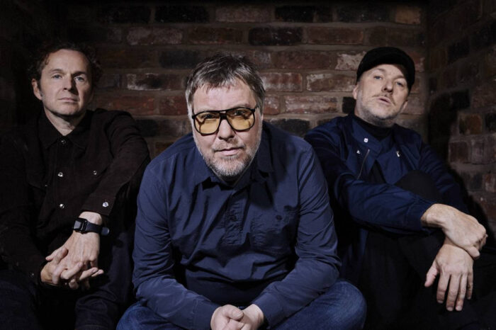 Watch this! Doves return with new video and single Carousels!