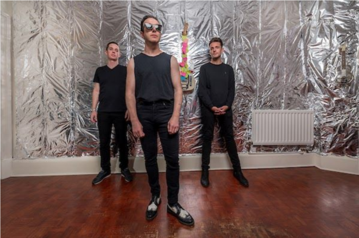 Glasvegas announce new single and album and 2021 tour dates