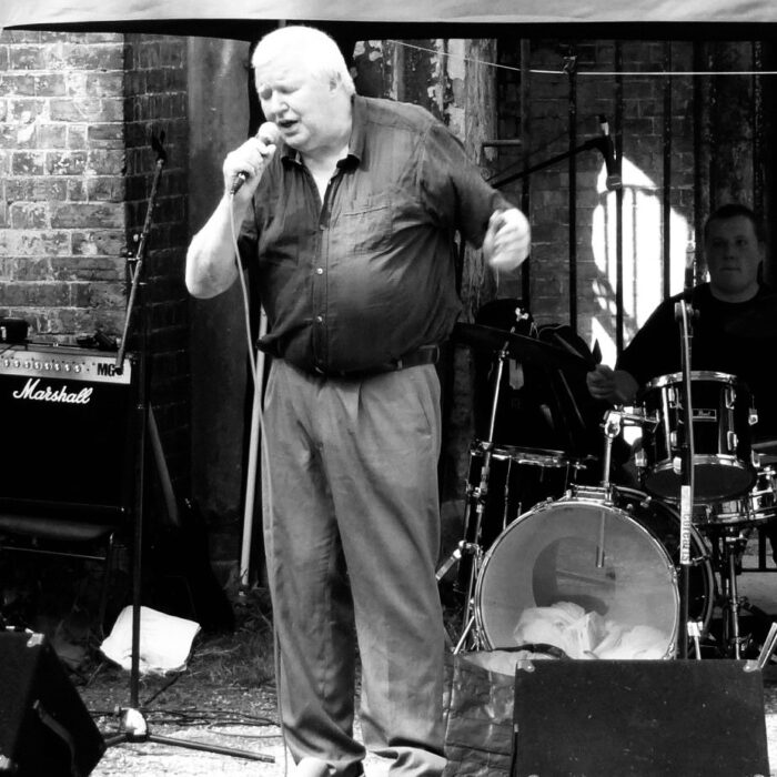 Frank Bangay poet dies : an appreciation