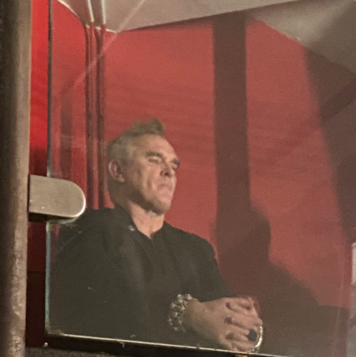 Morrissey spotted at Echobelly gig a few 100 yards from The Blossoms/Rick Astley Smiths covers gig…