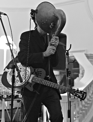 Louder Than War Video Premiere: Thomas Truax – plus news of new album and live dates by the world's foremost experimental one man band