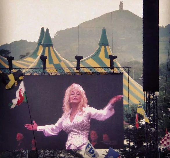 Dolly Parton: Glastonbury – live review
