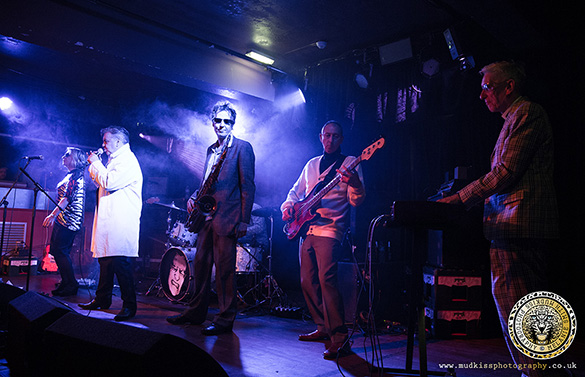 Deaf School: Manchester Academy – live photo review