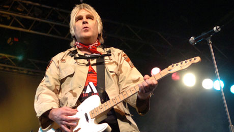Mike Peters to Busk in North Wales Hospitals to Aid Cancer Funding
